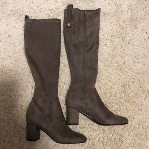 Grey GUESS boots